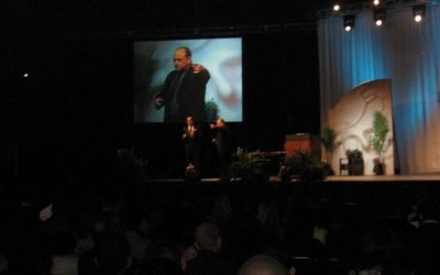3 Tips for Meeting Planners When Hiring a Speaker for an Event